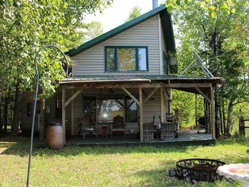 241 New Bristol Rd., Mls 1104190 : Crystal Falls : Iron County : Michigan