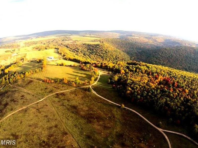 Wild Wonderful West Virginia : Elk Garden : Hampshire County : West Virginia