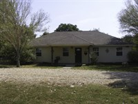 Country Home For Sale In Ne Tx : Sulpher Springs : Lamar County : Texas