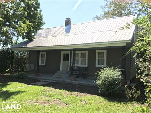 Frisco City Farm House Retreat : Frisco City : Monroe County : Alabama