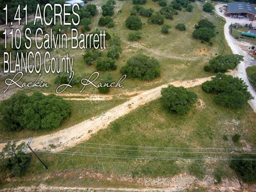 1.41 Acres In Blanco County : Blanco : Texas