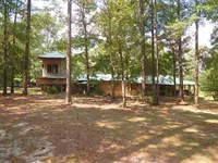 Rustic Log Home : Tylertown : Walthall County : Mississippi