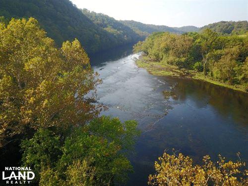 Clinch River Estate : Clinton : Anderson County : Tennessee