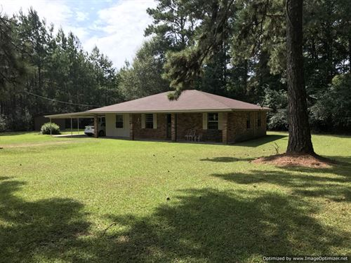 Secluded Home On 6 Acres : McComb : Pike County : Mississippi