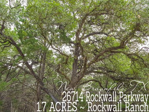 1.71 Acres In Comal County : New Braunfels : Comal County : Texas