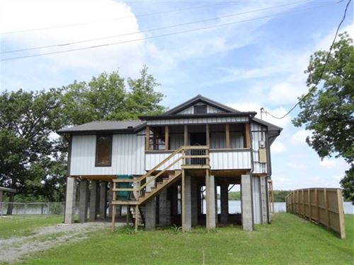 New Price, Fully Remodeled Cabin : Reydell : Jefferson County : Arkansas