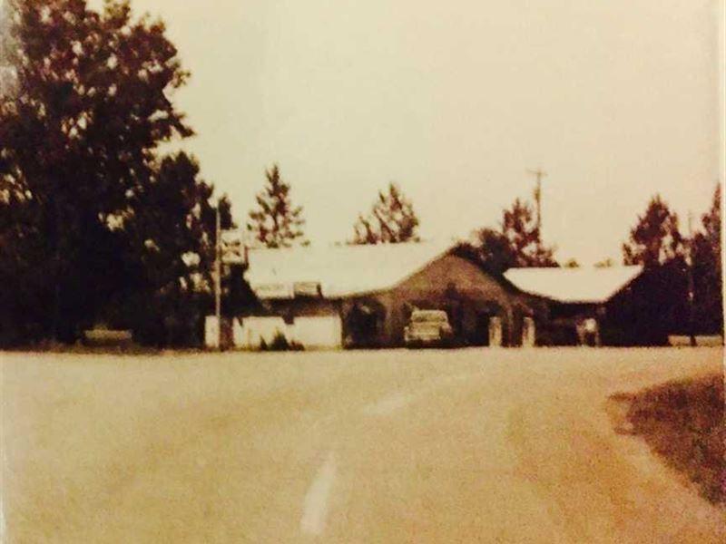 .79 Acres, Old Store Site, in The : Newellton : Tensas Parish : Louisiana