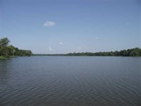 Waterfront Lot, 1+ Acre, Great Pri : Akron : Hale County : Alabama