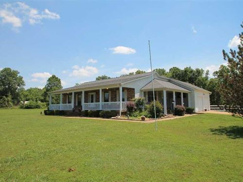 Large Home on 10 Acres For Sale in : Doniphan : Ripley County : Missouri