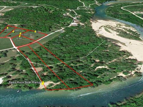 Riverfront Property For Sale in Cu : Van Buren : Carter County : Missouri