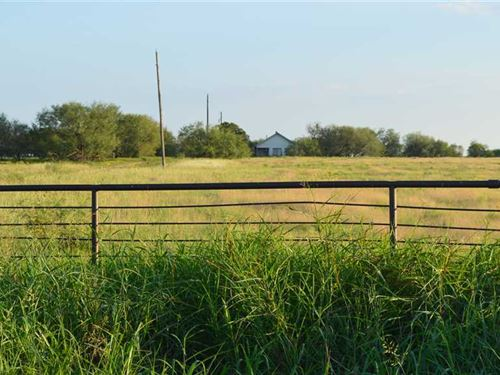 146 Acre Hunting, Ranching And Far : Loving : Young County : Texas