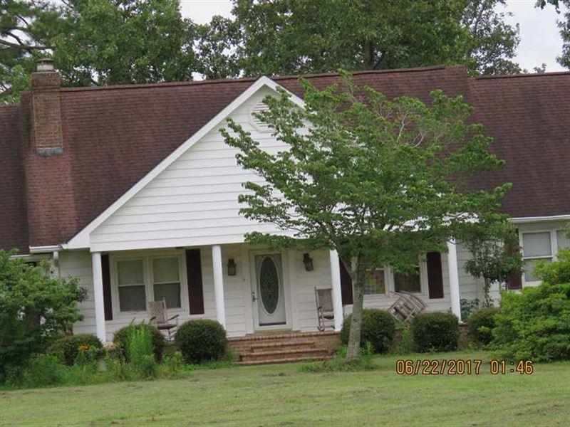Under Contract, 541.7 Acres of Fa : Bladenboro : Columbus County : North Carolina