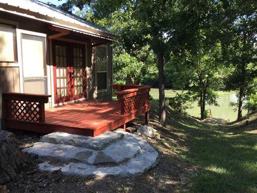 Cabin On The San Saba River : Menard : Texas