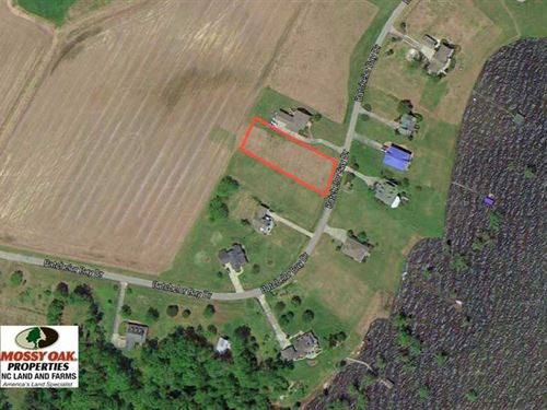 .63 Acres of Waterview Lot For Sa : Windsor : Bertie County : North Carolina