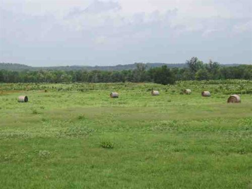 Cattle Ranch, Custom Hilltop Rock : Valliant : McCurtain County : Oklahoma