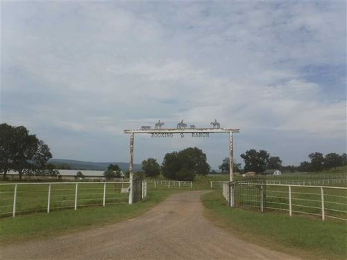 588 Acre Cattle/Horse Ranch Re : Havana : Yell County : Arkansas