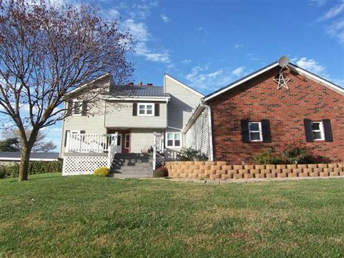 Beautiful Home by Golf Course : Grant City : Worth County : Missouri
