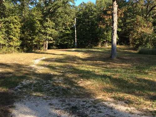 10 Beautiful Acres For Sale Near : Crocker : Pulaski County : Missouri