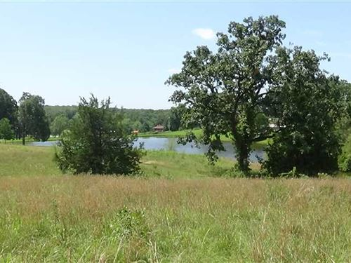 1 Acre Building Site Next to Golf : Cole Camp : Benton County : Missouri
