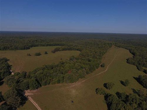 200 Acre Great Combination Farm in : Stover : Morgan County : Missouri