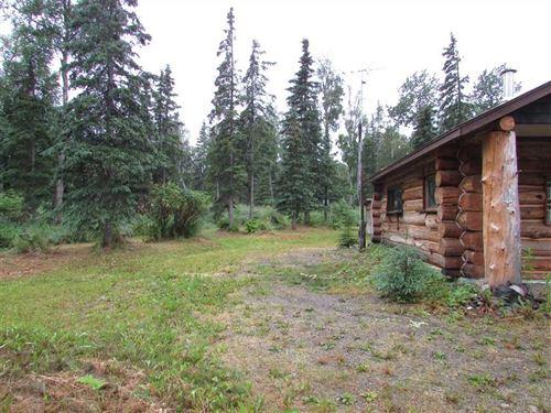 Custom Log Built Home in a Small : Kenai : Kenai Peninsula Borough : Alaska