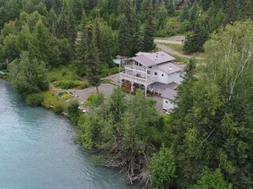 Kenai Riverfront Home With Smokeho : Sterling : Kenai Peninsula Borough : Alaska