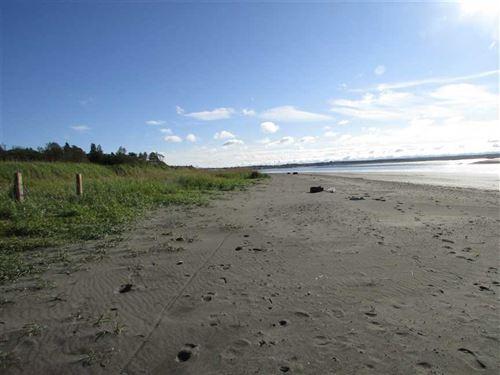 ON The Beach, Motivated Seller : Kenai : Kenai Peninsula Borough : Alaska