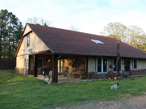 3Bd/2Ba Home With 730 Acres of Unl : Locust Grove : Cherokee County : Oklahoma