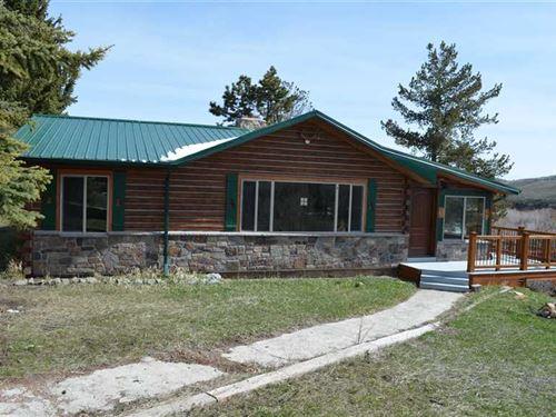 Three Bedroom, Two Bath Home on 3 : Meeteetse : Park County : Wyoming