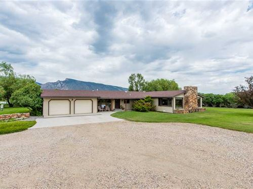 Three Bedroom, Two Bath One on 24 : Cody : Park County : Wyoming