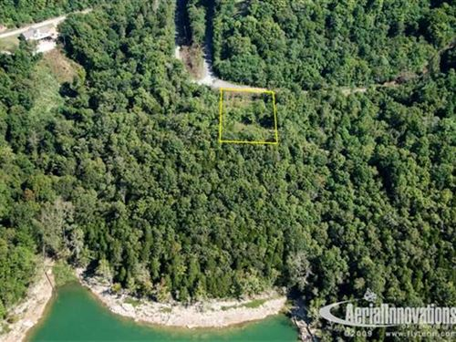 This Beautiful Lot Located on Cent : Silver Point : Putnam County : Tennessee