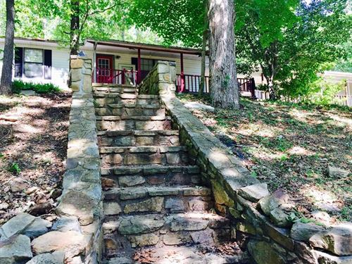 Large Home With 20.26 Acres in The : Marshall : Searcy County : Arkansas
