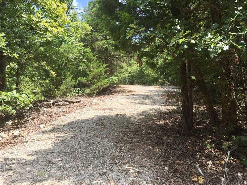 69.99 Acres Near Beautiful Lak : Mountain Home : Baxter County : Arkansas