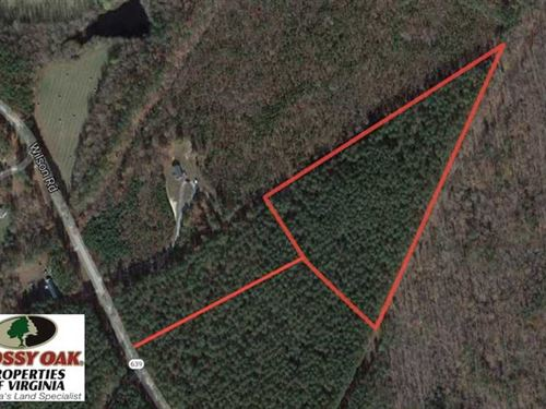 8.84 Acres of Residential Land : Blackstone : Dinwiddie County : Virginia