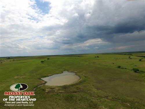 Flint Hills Ranchland : Virgil : Greenwood County : Kansas