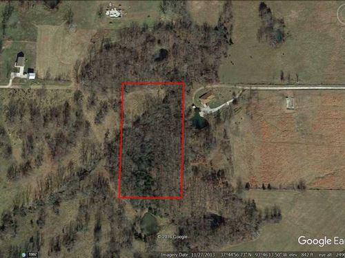 4.5 Acre Lot in River Bluff in Ced : Stockton : Cedar County : Missouri