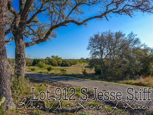.31 Acres In Blanco County : Blanco : Texas