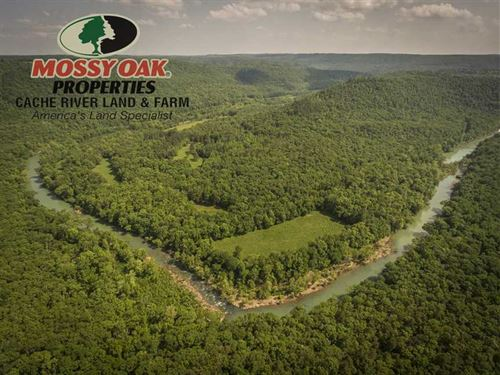 394 Acres, 1 Mile of River Front : Clinton : Stone County : Arkansas