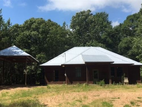 Secluded Home/Cabin On 32.58 Acres : Gloster : Amite County : Mississippi