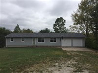 House With 3.3 Ac : Princeton : Mercer County : Missouri