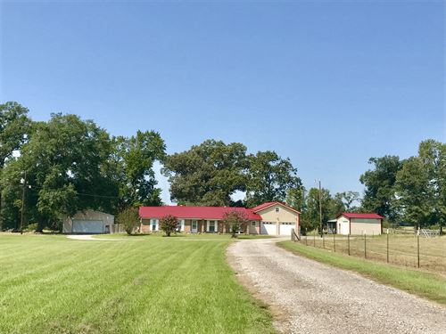 Comfy 3 Bdrm 3 Bath 9+ Ac : Winnsboro : Wood County : Texas