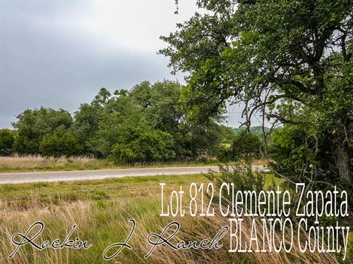 .27 Acres In Blanco County : Blanco : Texas