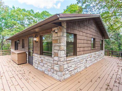 Cabin on 7 Acres Outside Branson : Branson : Taney County : Missouri