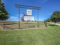 Bar 3D Ranch : Big Sandy : Upshur County : Texas
