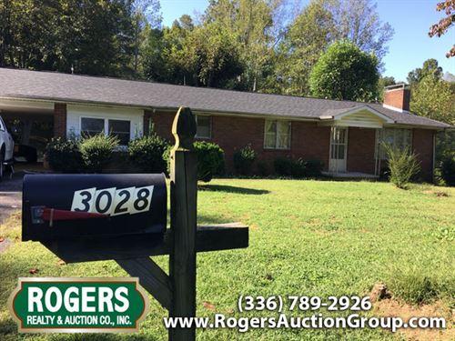 Commissioner's Sale - Auction : Jonesville : Yadkin County : North Carolina