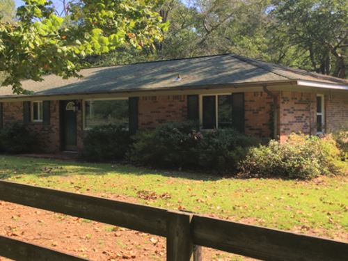 2 Bedroom Home On 6 Acres : Troy : Pike County : Alabama
