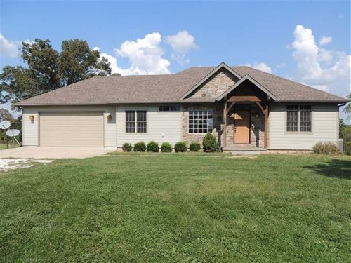 Beautiful Home on 10 Acres Just : Bolivar : Polk County : Missouri