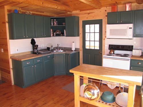Penn Hollow Cabin Getaway : Avoca : Iowa County : Wisconsin