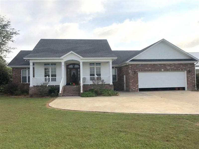 Beautiful Lake Bruin Home For Sale : Saint Joseph : Tensas Parish : Louisiana