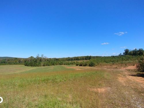 Premier Flat River Farm With Views : Rougemont : Durham County : North Carolina